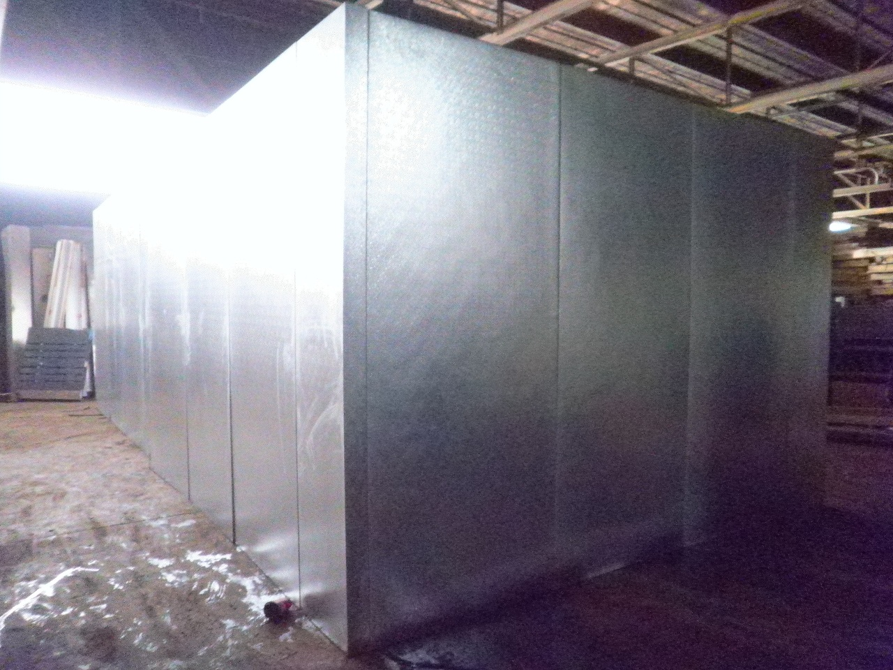 Used Cooler box (3.5\  Wall panels) w/ Jamison Inc. sliding door in very good condition! This box includes an overhead drop-in refrigeration system. & American Wholesale Refrigeration - View Item