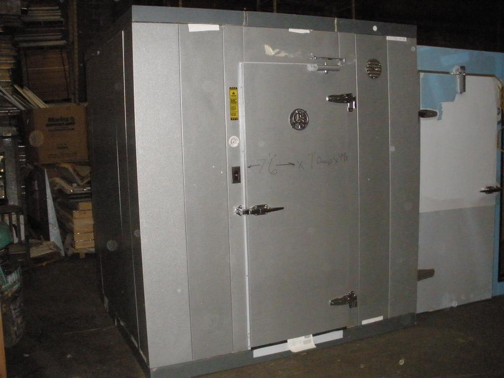 American Wholesale Refrigeration Walk In Cooler Freezer
